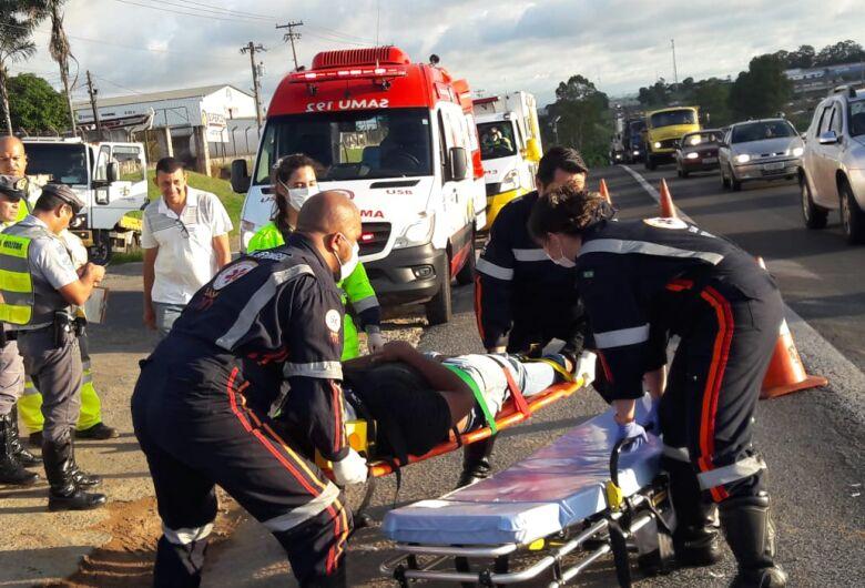 Motociclista sofre queda na Washington Luis