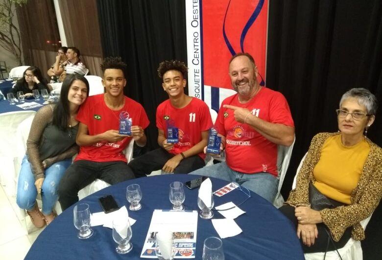 MPV 2018 premia os melhores da Liga Centro Oeste; são-carlenses recebem premiações