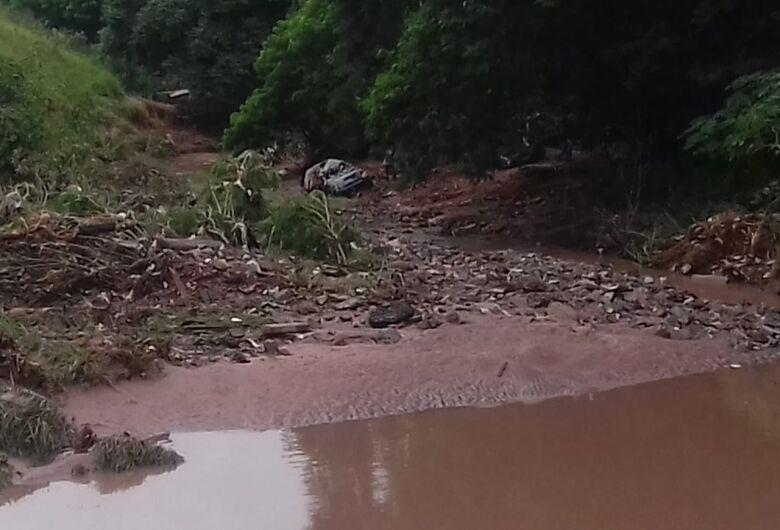 No início do outono, chuva mata duas mulheres em cidade da região