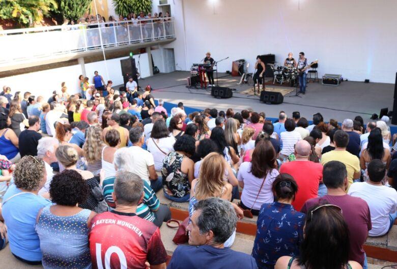 Domingo tem Circuito Arena no Bicão com a Banda Babilônia
