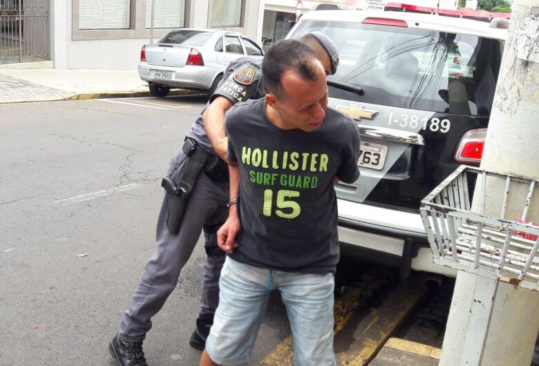 """Beneficiado por """"saidinha da Páscoa"""", ladrão pratica furto dentro de ônibus"""