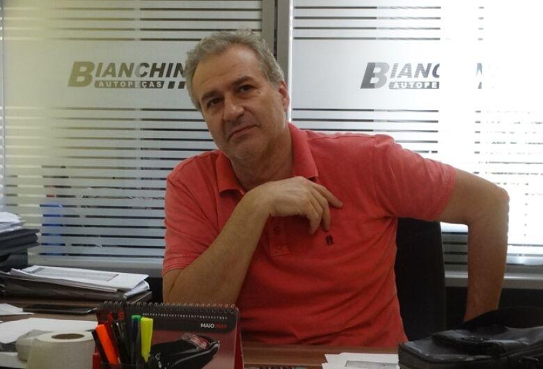 Julinho Bianchim pode retornar a presidência do São Carlos em julho