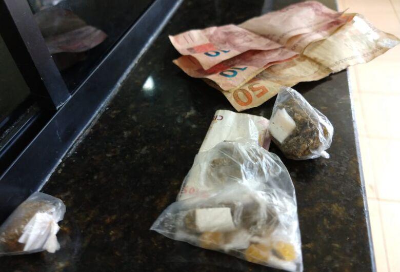 Dupla de adolescentes é detida com drogas no Presidente Collor