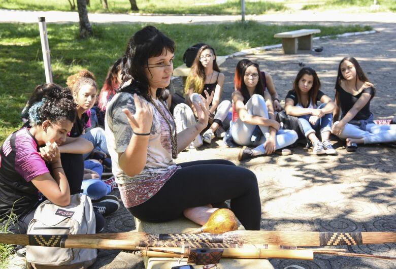 Cultura indígena ganha espaço entre os estudantes de São Carlos