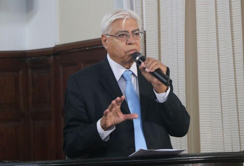 Azuaite repudia tortura e diz que golpe de 1964 não deve ser festejado