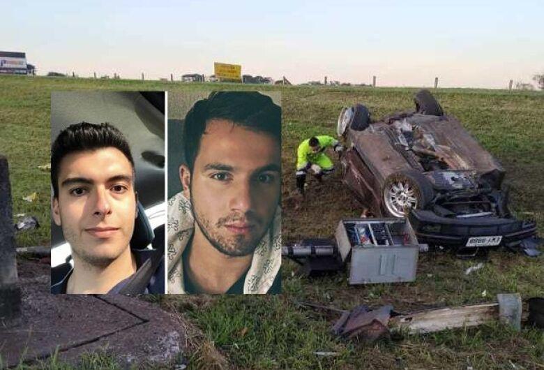 Dois jovens morrem em grave acidente na Washington Luis