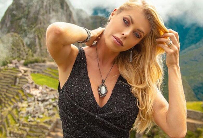 Modelo Caroline Bittencourt desaparece no mar após cair de barco em Ilha Bela