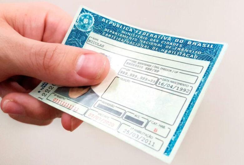 Governo quer aumentar para 40 pontos limite para suspensão da CNH