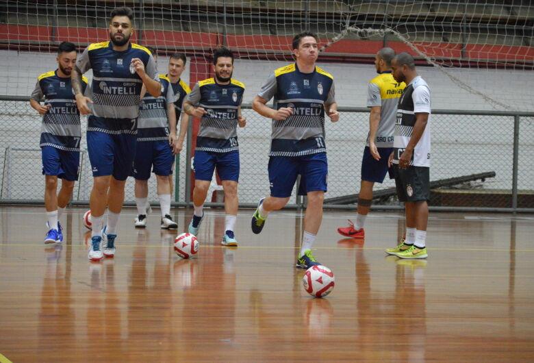 São Carlos visita a FIB/Bauru em busca de se manter na liderança da Copa Paulista