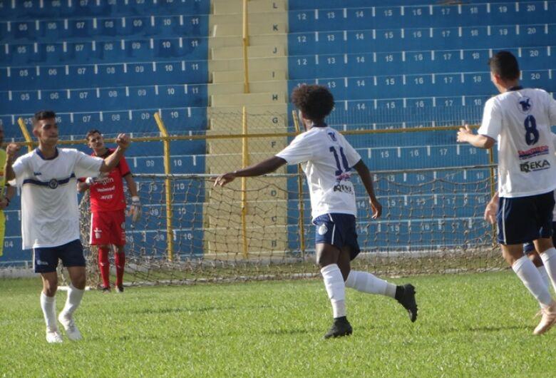 Após sair na frente, São Carlos cede empate para o XV de Piracicaba