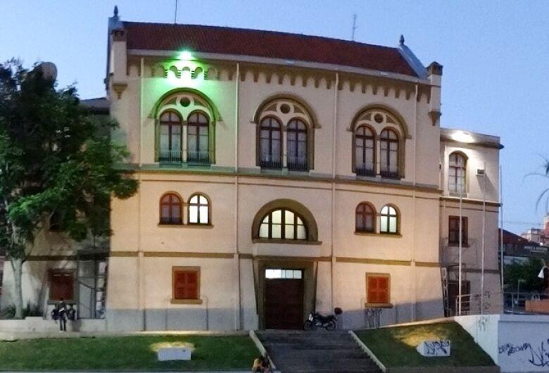 Câmara entrega títulos a Profissionais do Ano eleitos pela AEASC