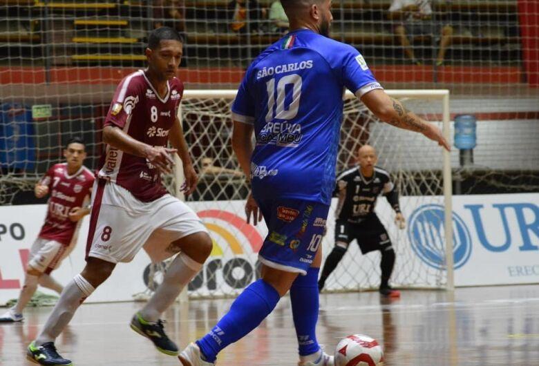 São Carlos é aguerrida, mas acaba derrotada pelo Atlântico na estreia da LNF
