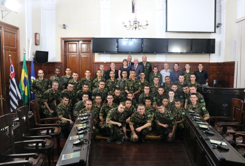 Dia do Exército Brasileiro é comemorado em sessão solene da Câmara Municipal