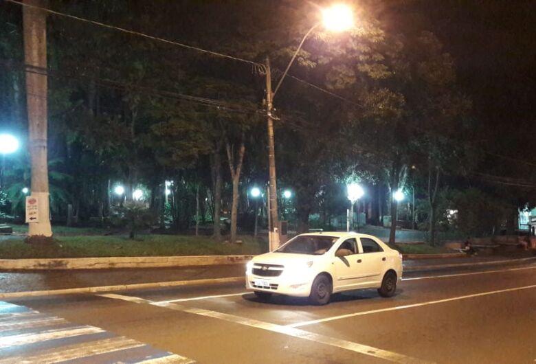 Praça da Catedral e Pontilhão da Travessa 8 já estão com nova iluminação