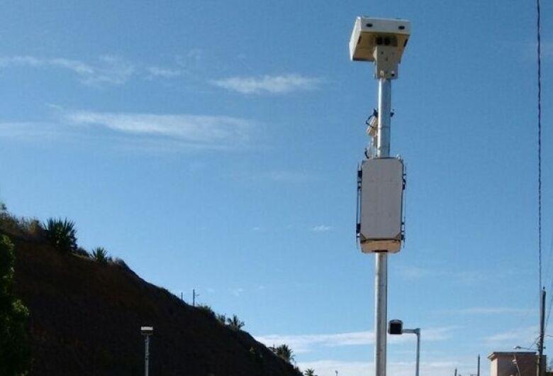 Ipem-SP realiza verificação de radar na SP-215