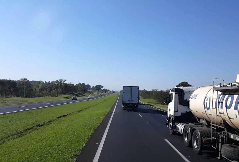 Mais de 186 mil veículos devem passar pela rodovia Washington Luis, entre São Carlos e Mirassol