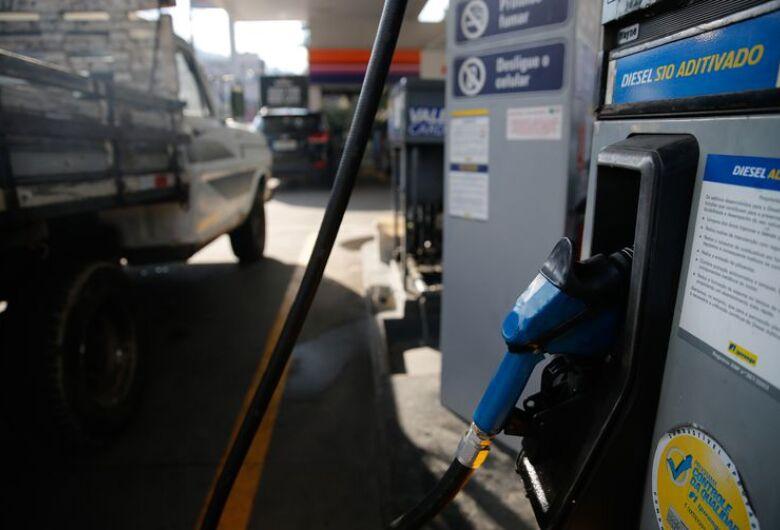 Diesel e gás de cozinha ficam mais caros a partir deste final de semana