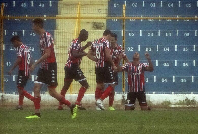 Após fazer 2 a 0, São Carlos leva virada no Luisão