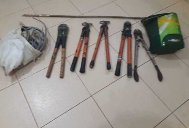 Dupla é presa após furtar empresa que presta serviços à CPFL
