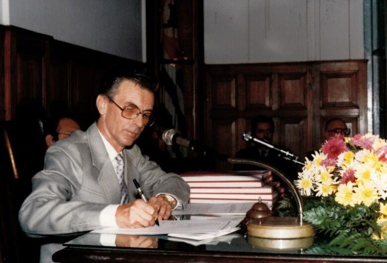 Paulinho Gomes, o comunicador que se colocou a serviço da cidade