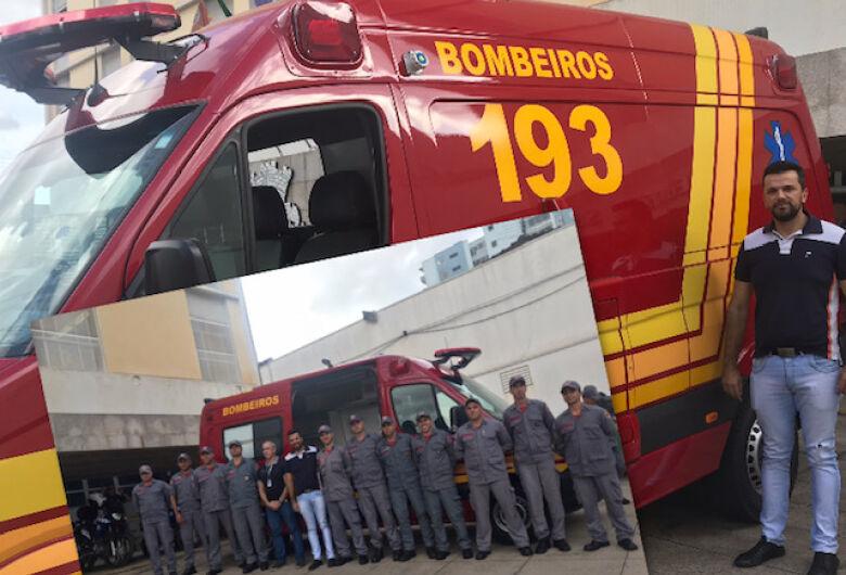 Vereador Rodson participa de entrega de unidade móvel de resgate para Bombeiros