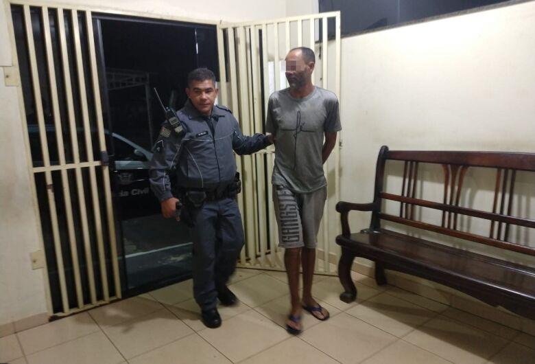 Homem é preso após descumprir medida protetiva