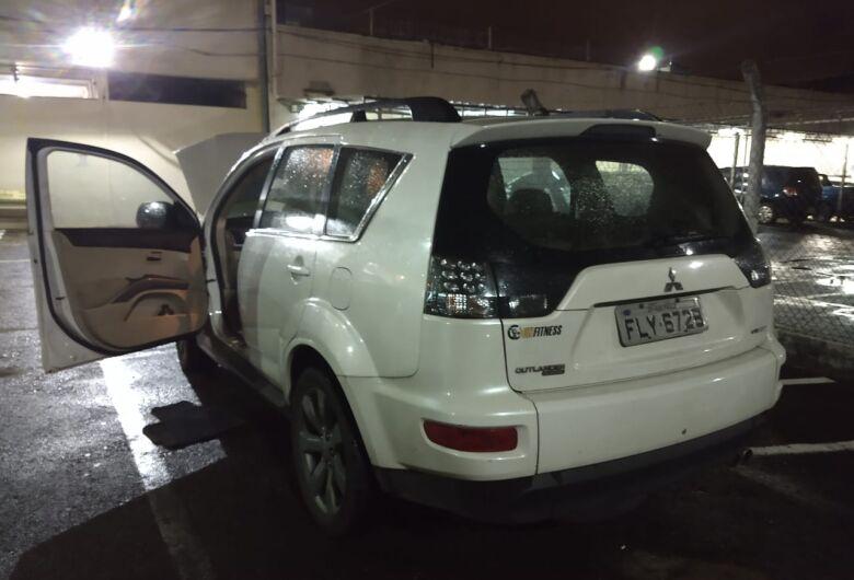 Mulher é flagrada com carro roubado há 5 anos em São Paulo