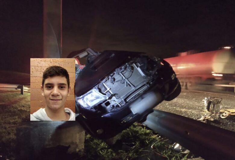 Adolescente morre após capotamento em rodovia da região