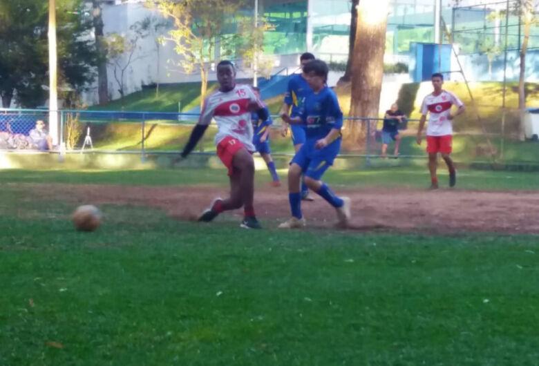 Multi Esporte/CJ Elaine Viviani participa do festival no São Carlos Clube
