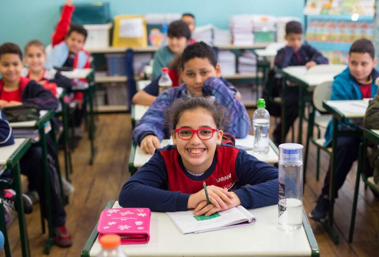 Férias de alunos da rede estadual de SP começam nesta sexta-feira