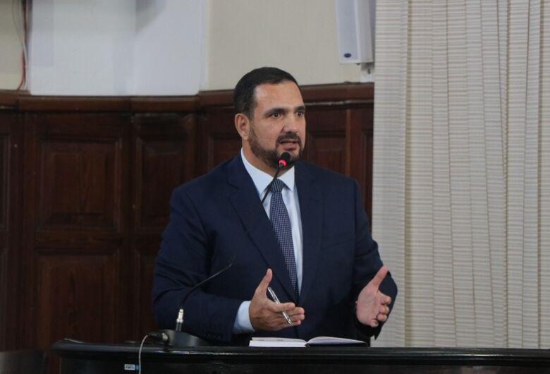 """Julio Cesar afirma: """"não há diálogo entre os setores da Prefeitura"""""""