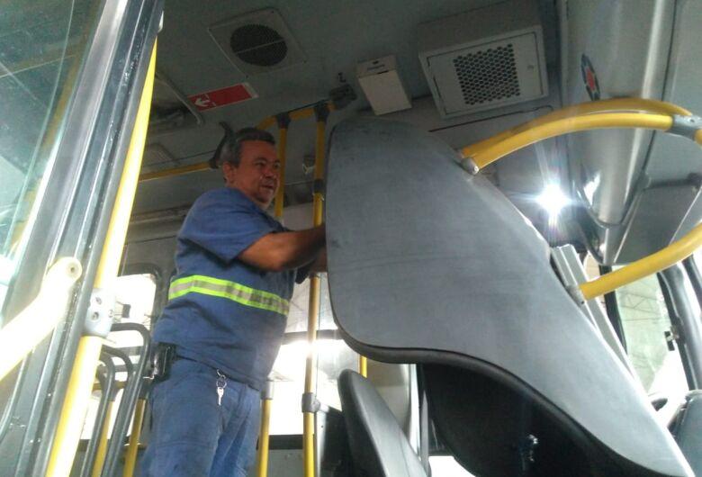 Suzantur São Carlos contrata motorista, mecânico diesel e ½ oficial mecânico