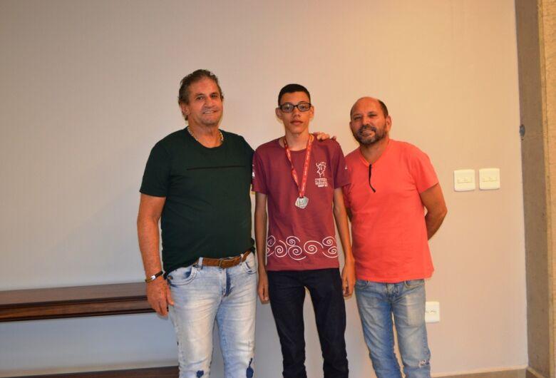 Estudante de 14 anos de Ibaté conquista mais uma medalha na OBMEP