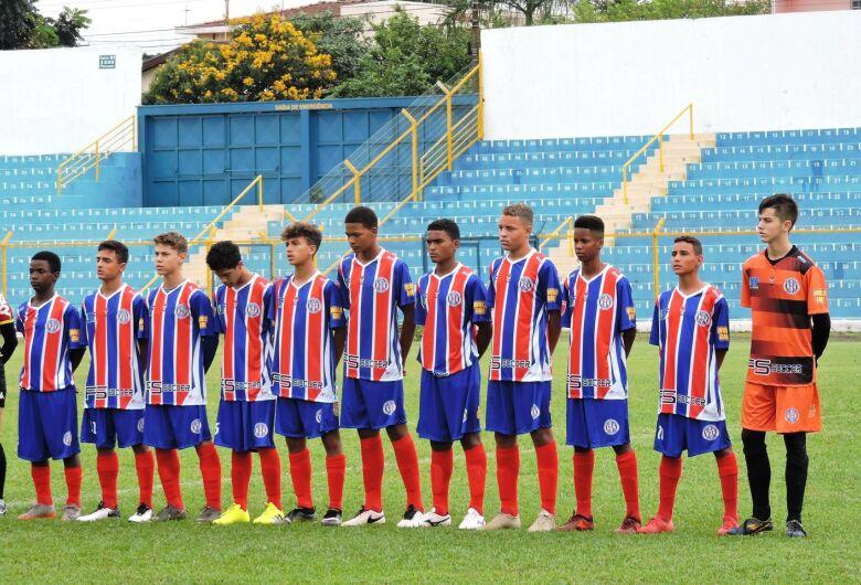 Classificado, sub15 do Grêmio enfrenta o Rio Claro e tenta voltar à liderança do Grupo 3