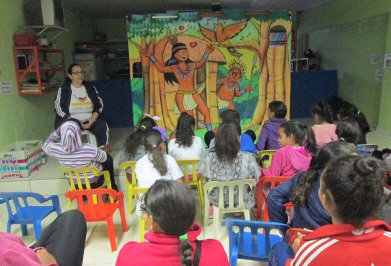 Projeto social proporciona descobertas e aprendizado para crianças de São Carlos