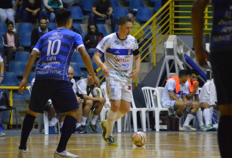 São Carlos enfrenta o Taubaté no primeiro jogo da final da Copa Paulista