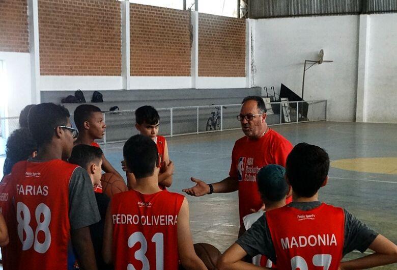 Basquete de São Carlos sonha com medalha nos Jogos Regionais