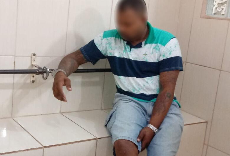 PM prende homem por tráfico de drogas no Santa Angelina