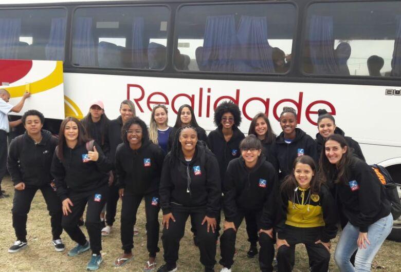 Futsal feminino estreia nos Regionais e encara Pratania