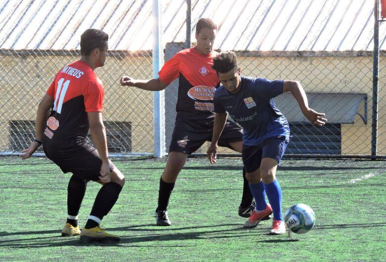 Madureira Aracy II e Coligação IPR/PDB voltam a vencer e lideram a Copa São Carlos