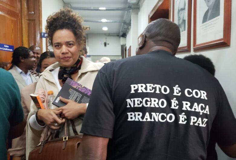 Comunidade negra faz ato de repúdio contra preconceito na Câmara