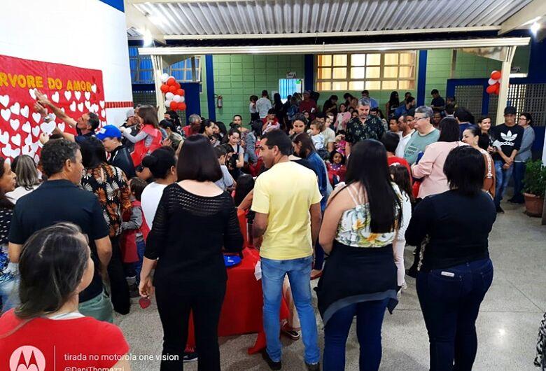 Jovina de Paula Pessente realiza Festa da Família para alunos e familiares