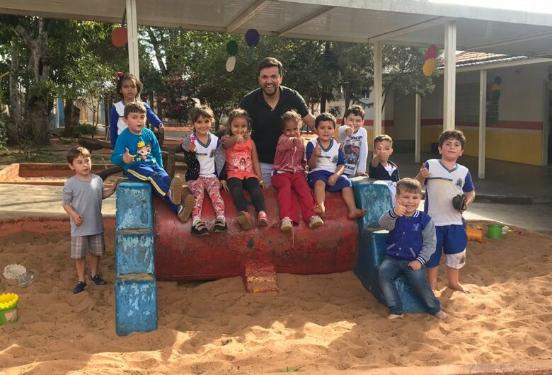 Vereador Rodson visita CEMEI Lauro Monteiro e solicita melhorias