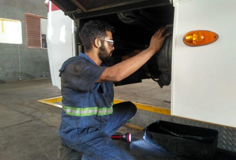 Suzantur São Carlos está contratando mecânico diesel e ½ oficial mecânico