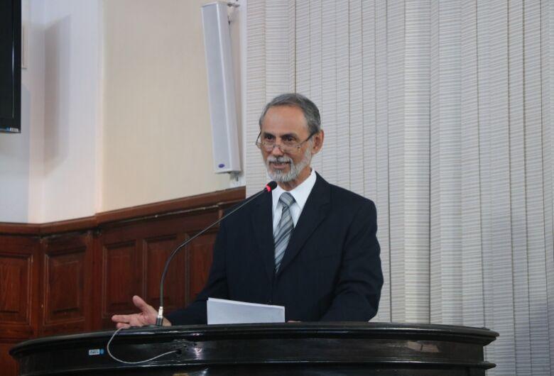Câmara entregará título de Cidadão Benemérito ao professor Luiz Henrique Mattoso