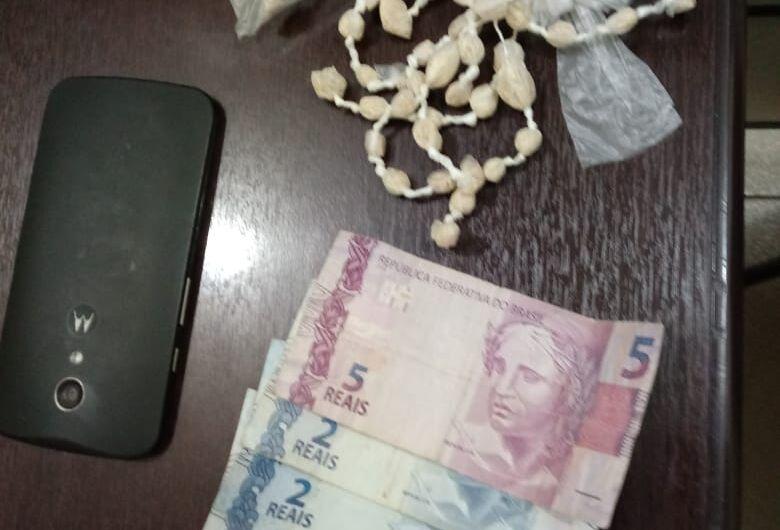Após tentativa de fuga, acusado de tráfico é detido em Ribeirão Bonito