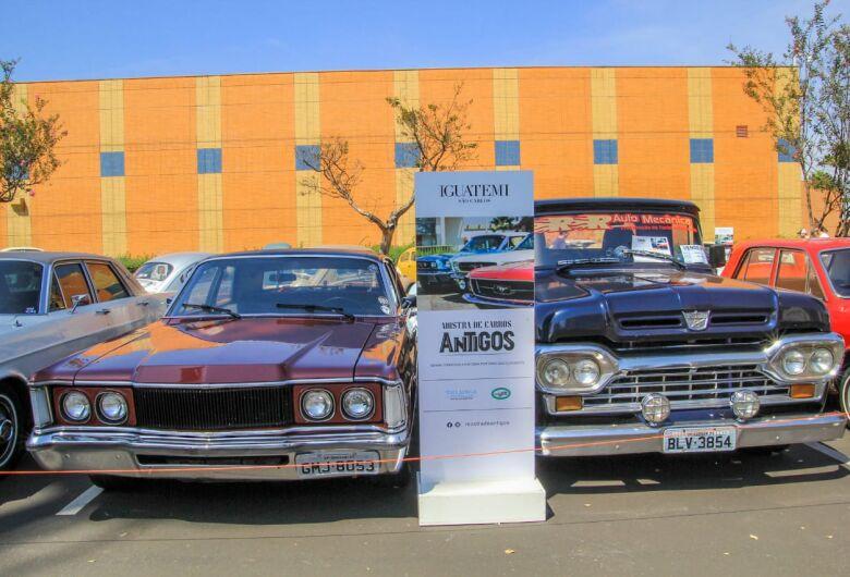 4ª Mostra de carros antigos agitou São Carlos neste fim de semana