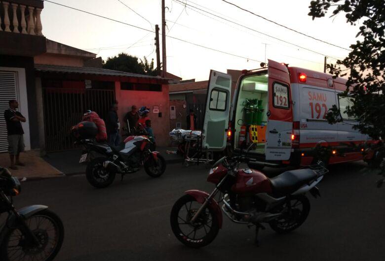 Homem fica ferido após cair de escada no Cidade Aracy