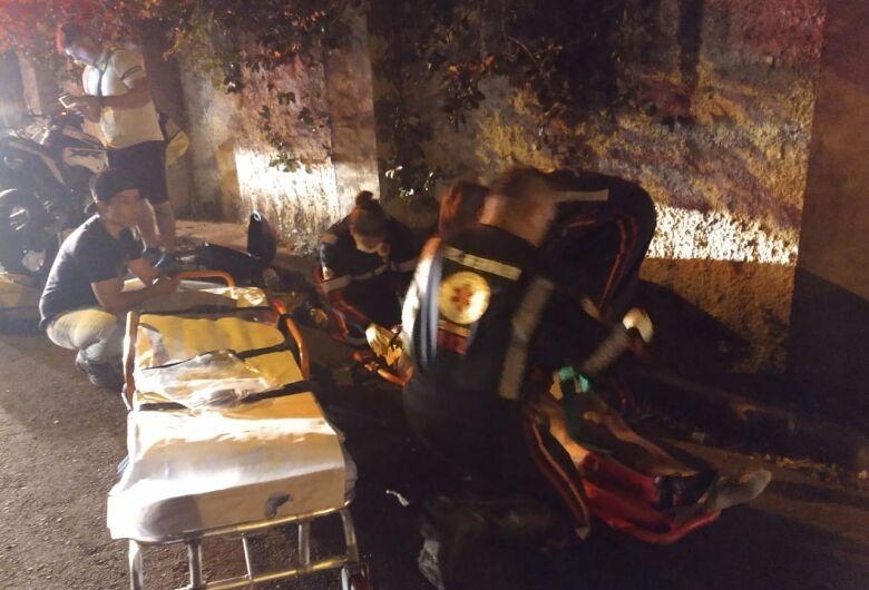 Motociclista é socorrido pela USA após colidir contra muro