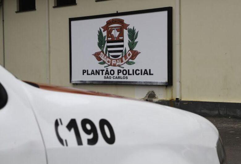 Após desentendimento com traficante, carro de usuário de drogas é roubado